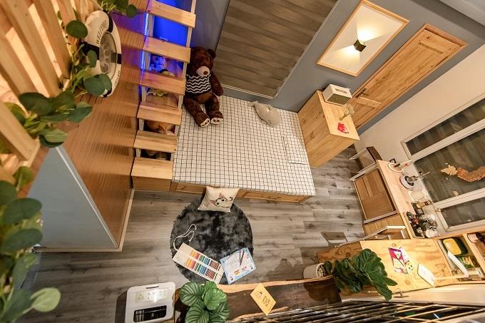 Ông bố chi 100 triệu, biến khoảng sân nhỏ thành phòng ngủ đa năng