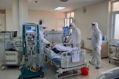 Bệnh nhân Covid-19 nguy kịch ở Hải Dương có thể tập đi lại