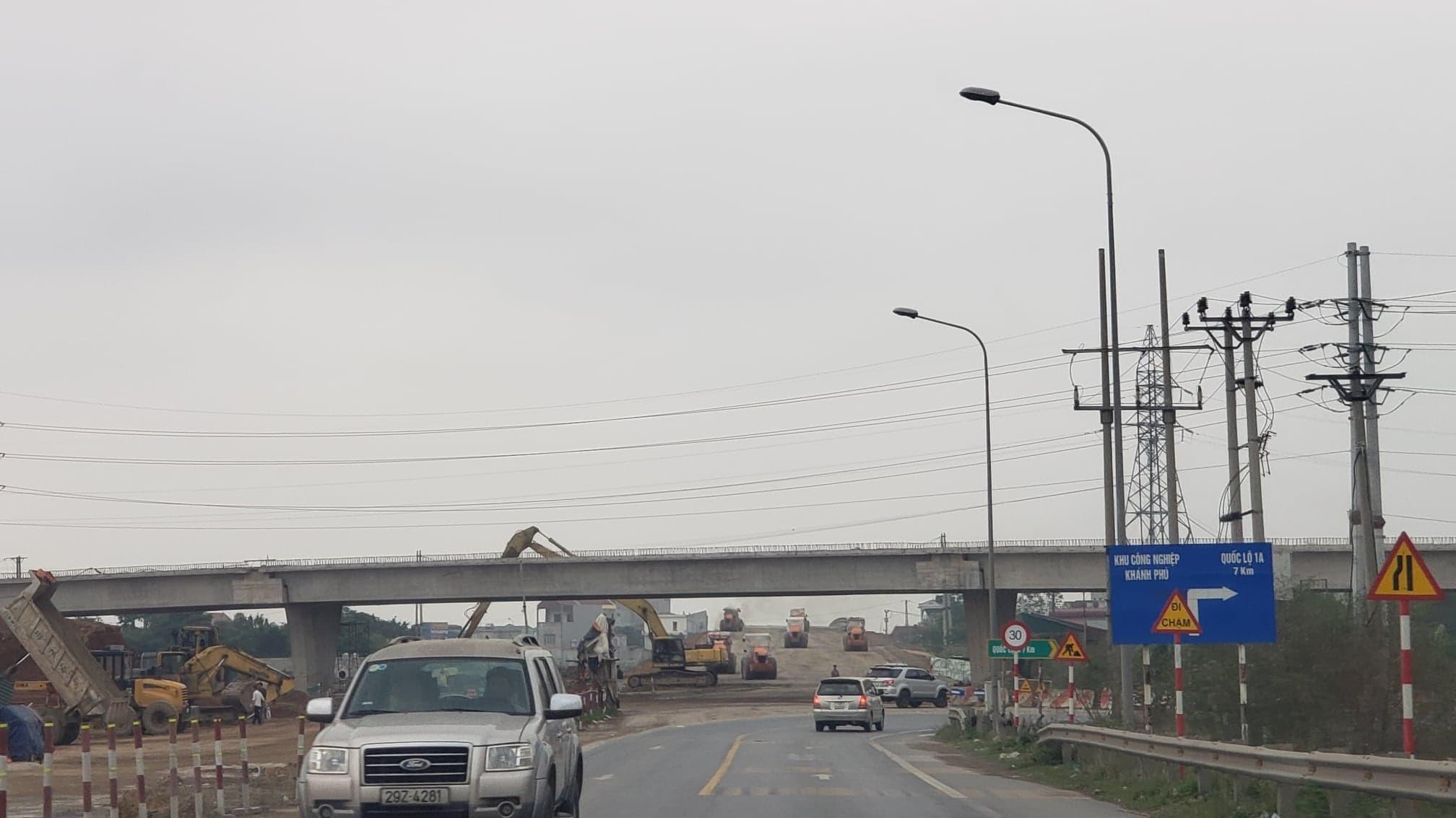 Cao tốc Bắc - Nam chậm mặt bằng, lo thiếu vật liệu