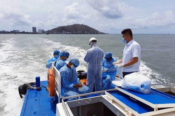 Thủy thủ nước ngoài tử vong, Việt Nam xét nghiệm 5 thuyền viên dương tính Covid-19