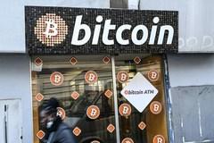 3 nhân vật đình đám khiến bitcoin lao dốc
