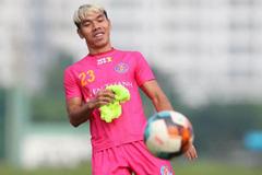 Tân binh tuyển Việt Nam sang Nhật Bản chơi bóng