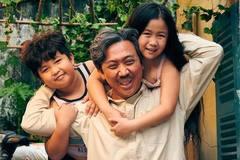 Trấn Thành đem 'Bố già' tuyên chiến với 'Gái già lắm chiêu'