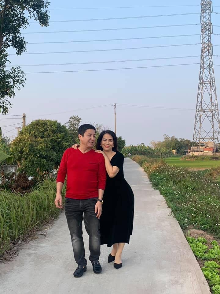 2 Sao Việt hôm nay 25/2: Phút bình yên của Chí Trung và bạn gái ở quê