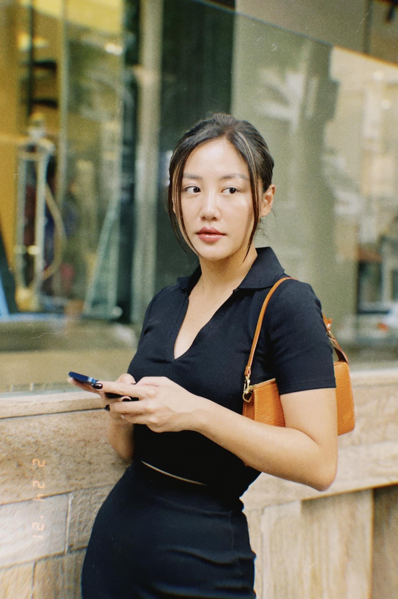 phut binh yen cua chi trung va ban gai kem 17 tuoi o que 8 Sao Việt hôm nay 25/2: Phút bình yên của Chí Trung và bạn gái ở quê
