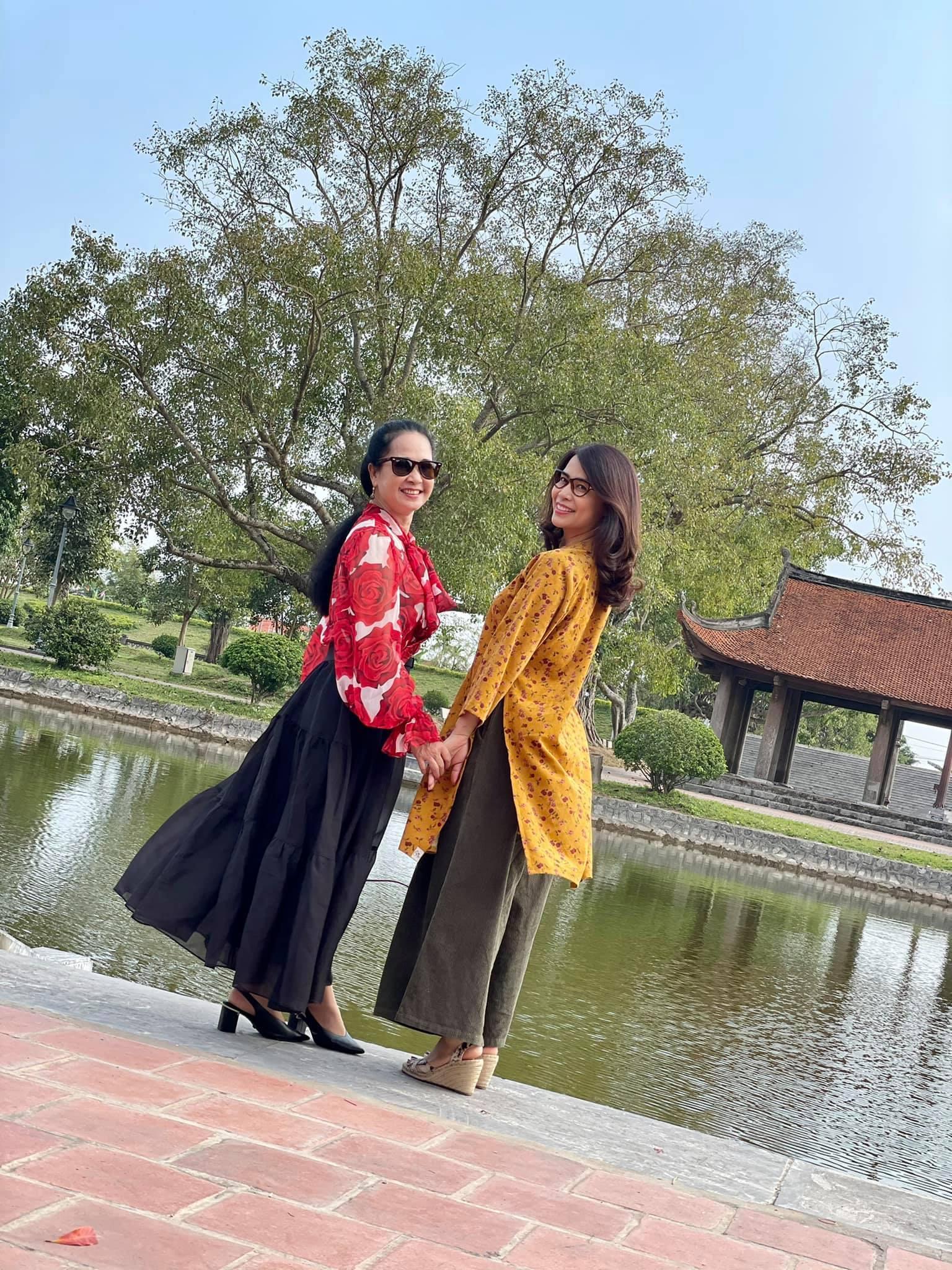 phut binh yen cua chi trung va ban gai kem 17 tuoi o que 9 Sao Việt hôm nay 25/2: Phút bình yên của Chí Trung và bạn gái ở quê