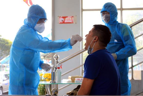 Covid-19,vaccine,Hai Duong hotspot,social news