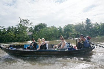 Foreign tourists continue cancelling tours to Vietnam set for Q2