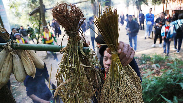 Ha Giang travel,H'Mong people,Forest God-worshipping ceremony