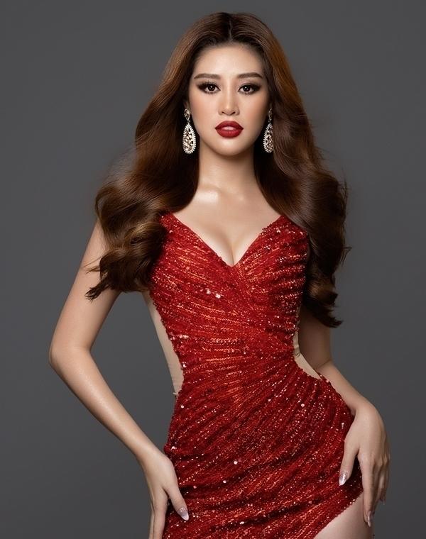 Khánh Vân lộng lẫy, sắc sảo mừng 26 tuổi
