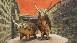 Painter's unique 1,010 buffalo miniatures