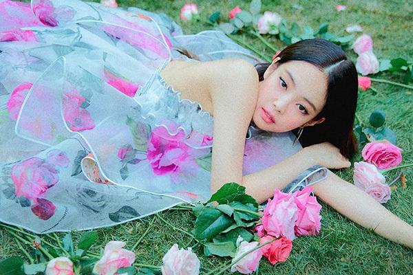 Jennie - tình mới của G-Dragon là mỹ nhân đắt giá nhất nhì Kpop