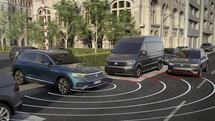 7 tính năng an toàn phải có trên xe hơi 2021