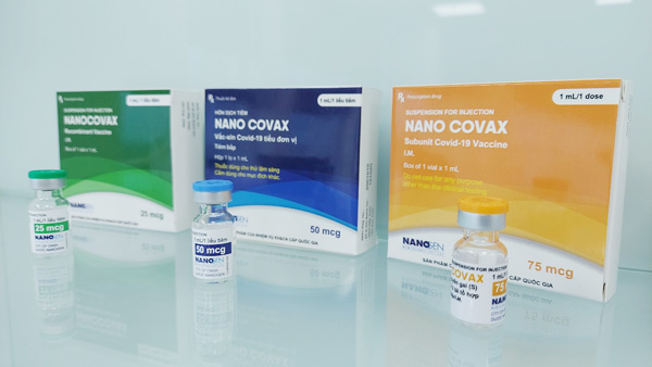 Tiêm thử nghiệm giai đoạn 2 vắc xin Nanocovax tại Hà Nội, Long An