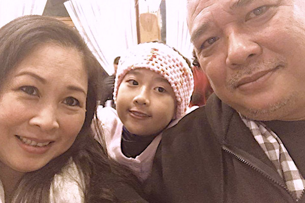 Hôn nhân bền chặt của NSND Hồng Vân và chồng tài tử kém 2 tuổi