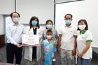 Trao hơn 330 triệu đồng tới bé Thổ Văn Minh