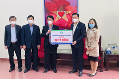 An Phát Holdings hỗ trợ tỉnh Hải Dương 20 tỷ đồng mua vắc-xin Covid-19