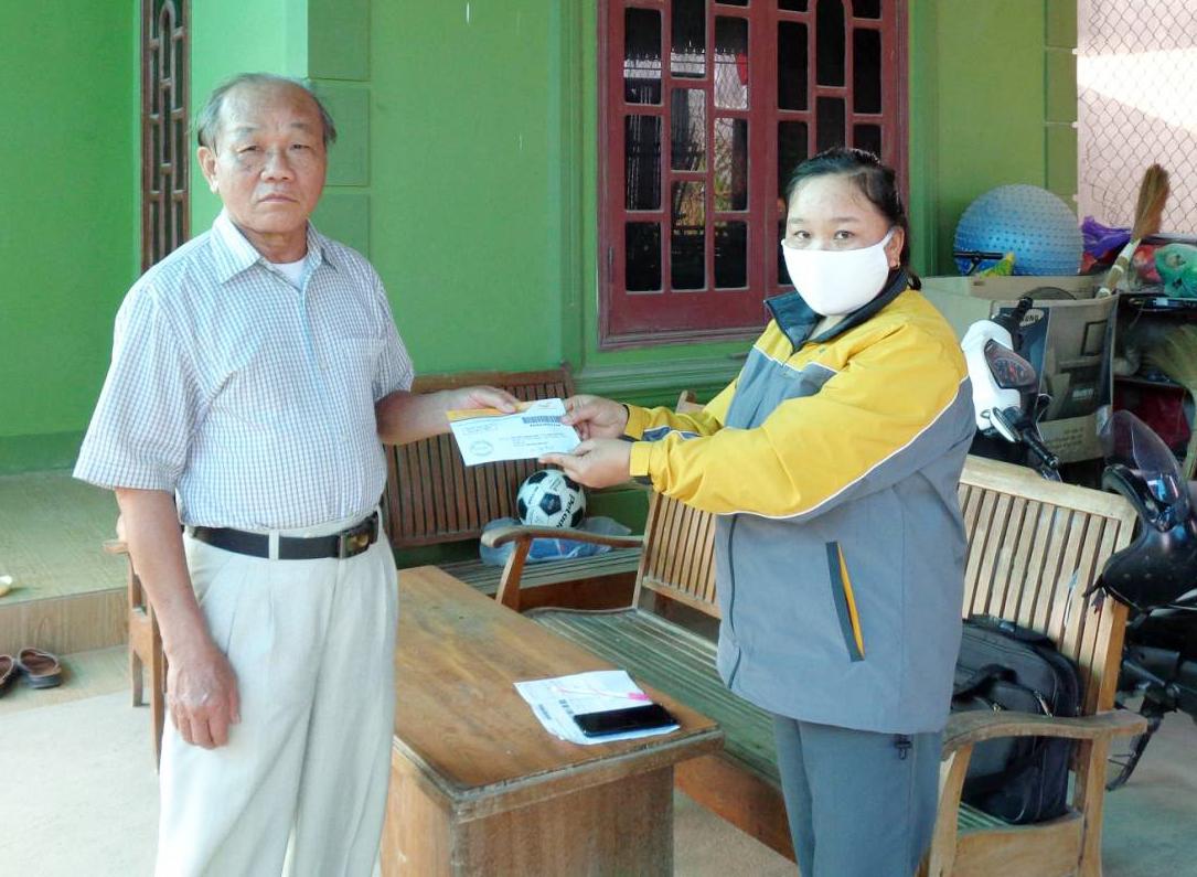 Vietnam Post nhận bằng khen vì thành tích triển khai CSDL quốc gia về dân cư