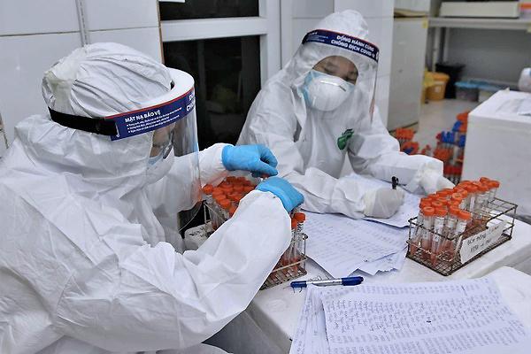 Mua 150 triệu liều vắc-xin Covid-19, ưu tiên tiêm cho tuyến đầu phòng chống dịch