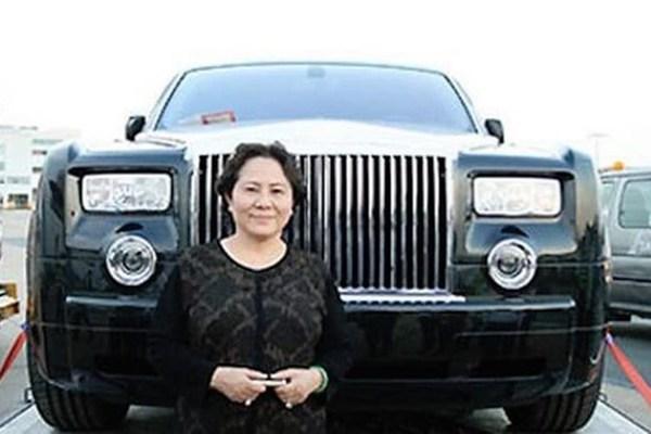 Nữ đại gia Bạch Diệp sắp hầu tòa cùng ông Nguyễn Thành Tài