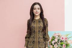 Hương Nguyễn Fashion - điểm hẹn của các 'tín đồ' mua sắm online