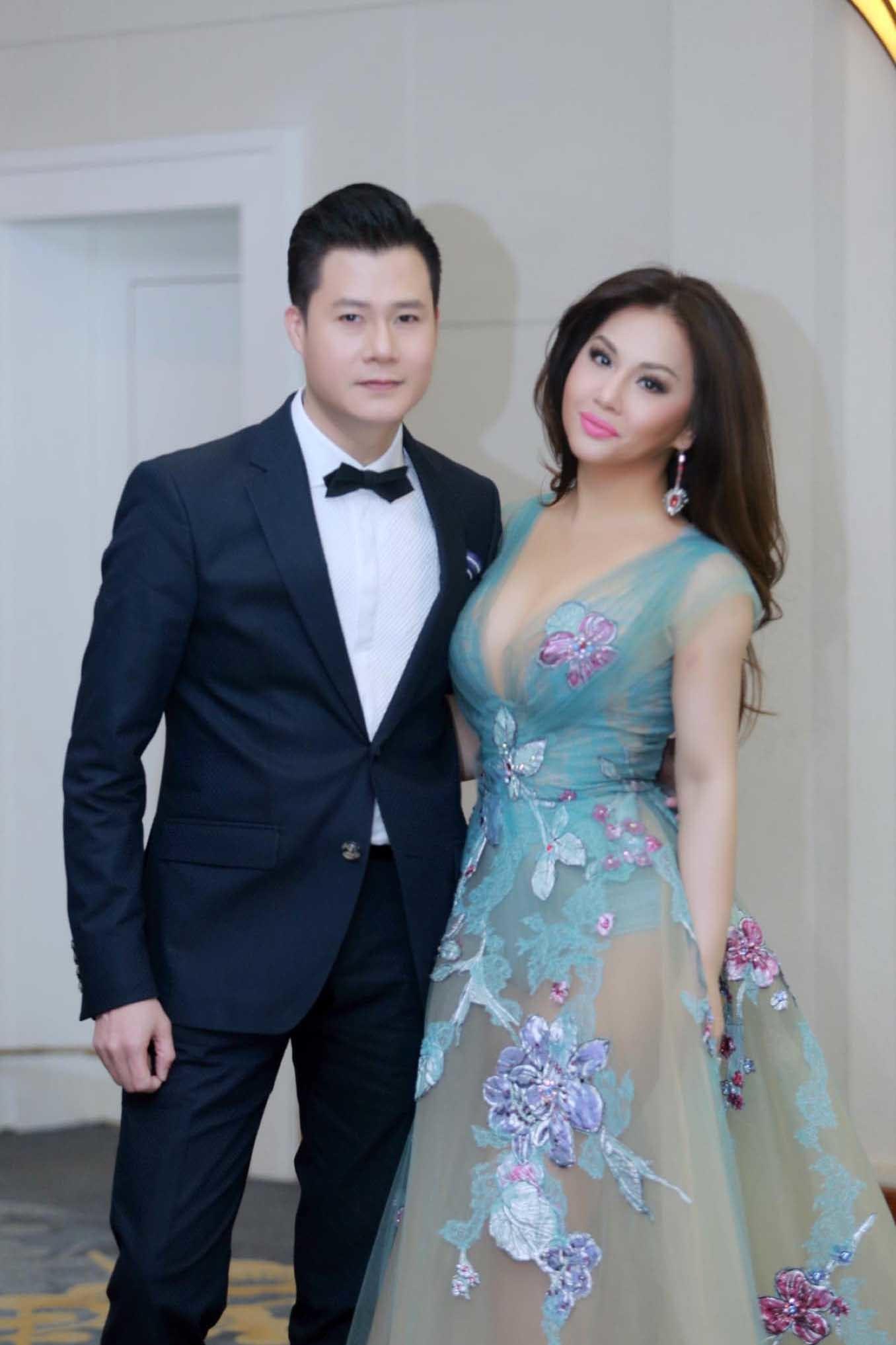 Sắc vóc ca sĩ Minh Tuyết ở tuổi 45