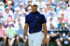 Tiger Woods chuyển viện, cần 1 năm để trở lại