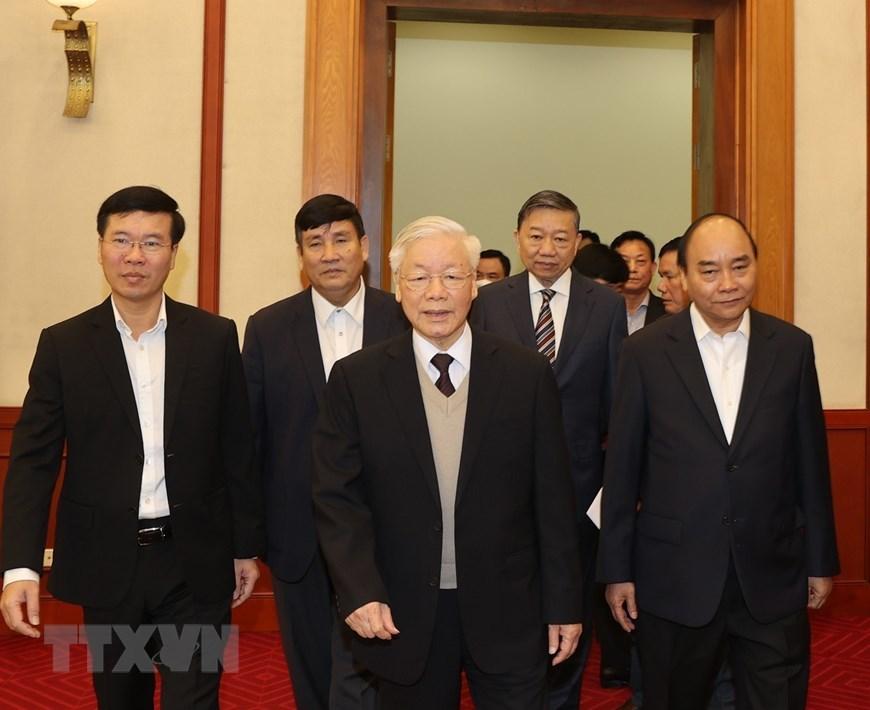 Hình ảnh Bộ Chính trị  gặp mặt thân mật các nguyên lãnh đạo không tái cử khóa XIII