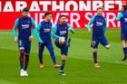 Sevilla 0-0 Barca: Thế trận giằng co (H1)