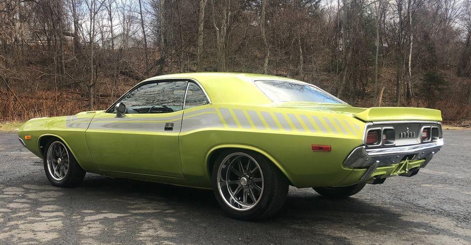 50 năm thăng trầm của mẫu siêu xe cơ bắp Dodge Challenger