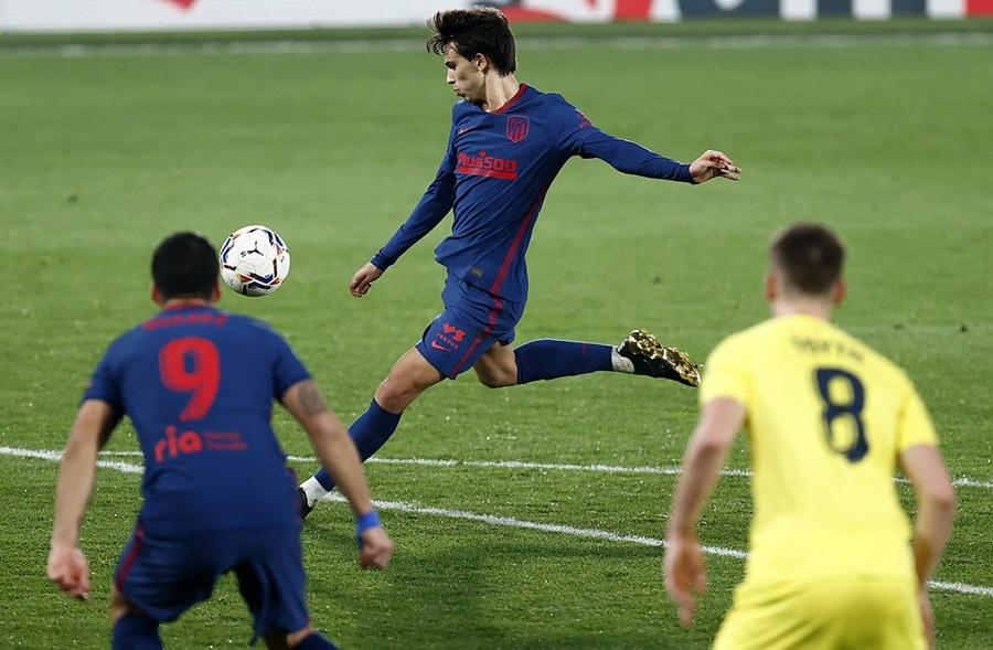 Atletico bắn hạ 'Tàu ngầm vàng', Diego Simeone đi vào lịch sử