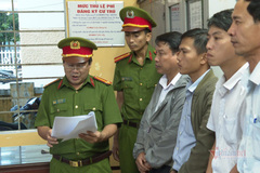 Bắt cựu giám đốc Văn phòng đăng kí đất đai TP Huế