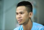 Vợ anh Nguyễn Ngọc Mạnh không thể tin nổi chồng mình cứu được cháu bé rơi từ tầng 12A chung cư