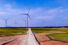 Vietnam needs more than $128 billion to develop electricity in the next nine years