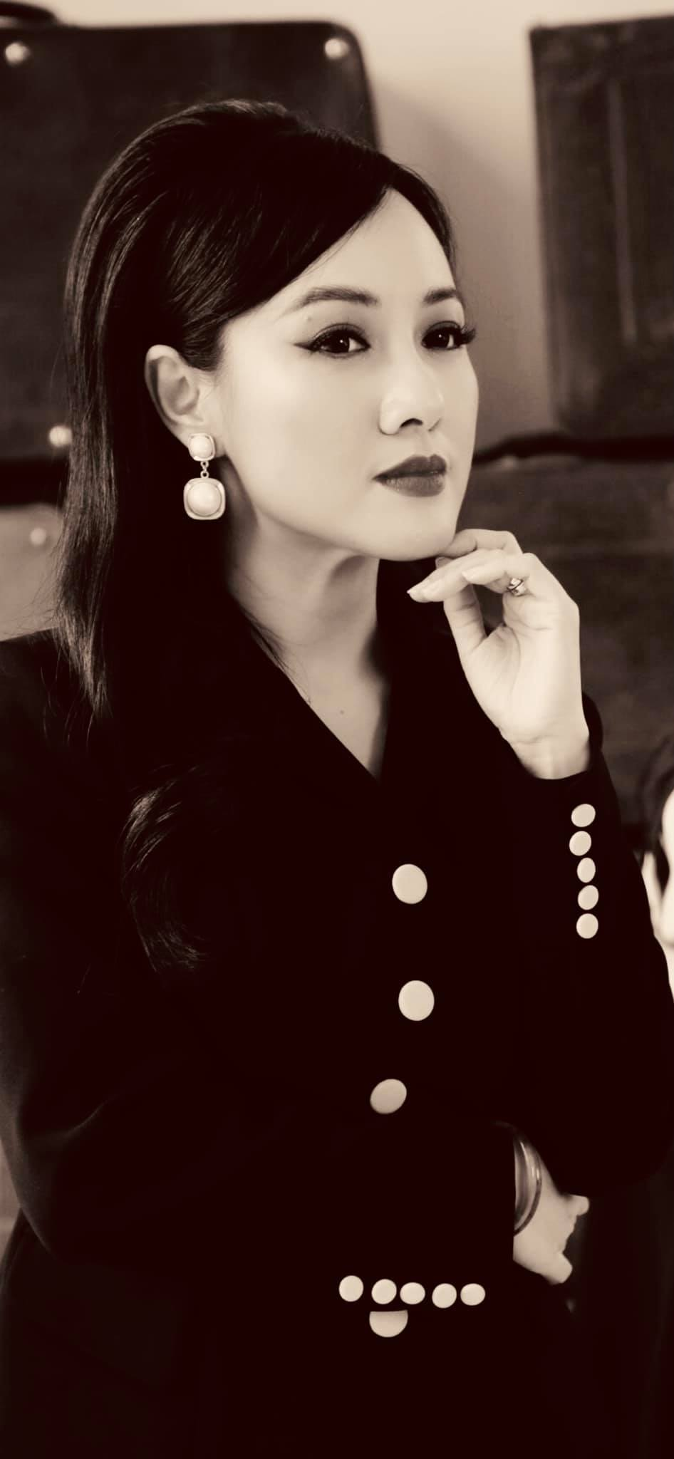 Sắc vóc của Mai Phương Thuý ở tuổi 33