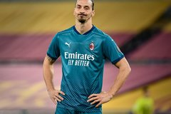 Ibrahimovic lỡ hẹn cuộc tái đấu MU vì chấn thương