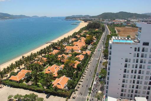 Khánh Hoà quyết không gia hạn, thu 10.000m2 mặt biển làm bãi tắm công cộng