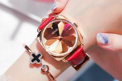 Đồng hồ thời trang giá tốt ở Kim Huyền Shop