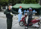 Hải Dương phạt 60 triệu 3 người từ Hải Phòng về trốn trên thùng xe