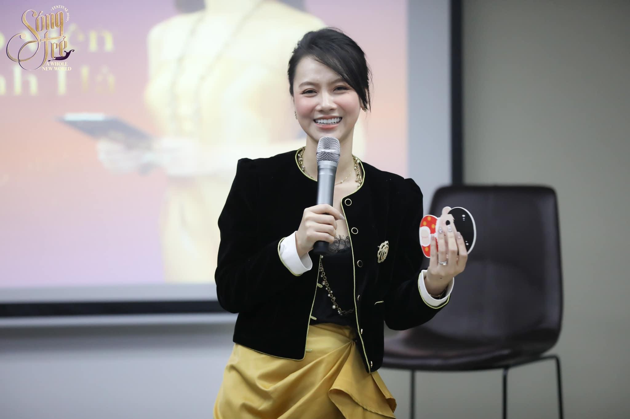 MC Minh Hà VTV ngày càng gợi cảm ở tuổi 34