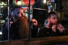 """Quân đội Israel đối mặt với trận chiến hiếm có về """"râu"""""""