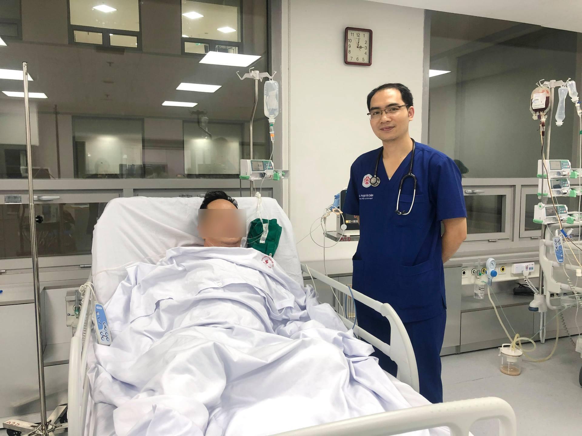 Người đàn ông giao hàng ở Hà Nội đột ngột ngừng tim, hôn mê