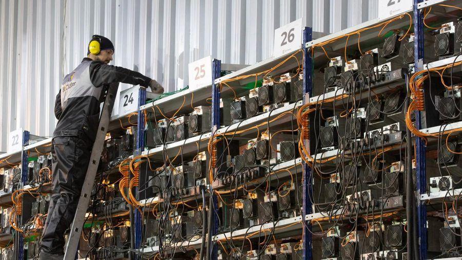 'Công trường đào coin' của thế giới đang cạn card đồ họa
