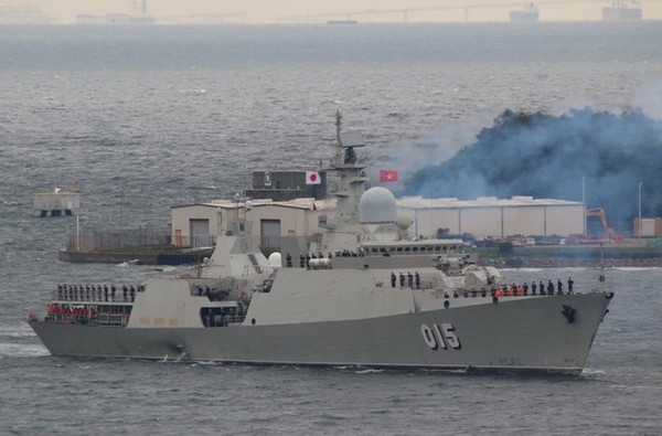 Two Vietnamese warships to compete at Int'l Army Games for first time