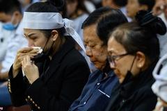 Cha mẹ ca sĩ Vân Quang Long tố cáo 8 YouTuber xúc phạm gia đình