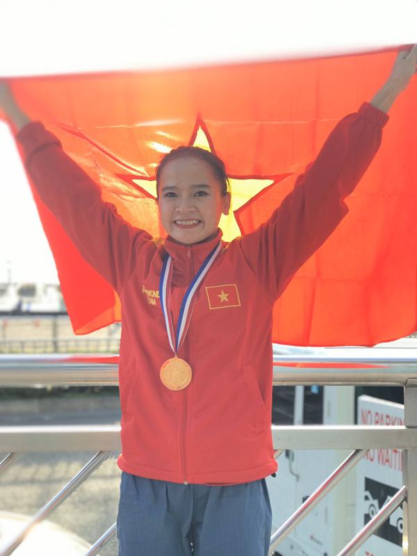 Nhà vô địch thế giới Taekwondo Nguyễn Thị Lệ Kim luôn nhớ cơm mẹ nấu