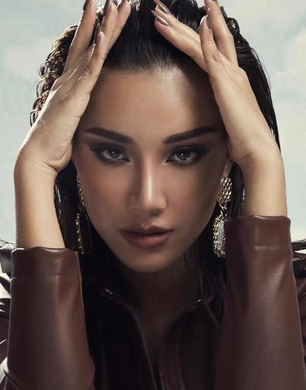 Á hậu Kim Duyên khoe vẻ đẹp hoang dã trong bộ ảnh mới