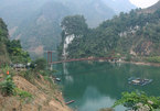 Discovering Pe Rang Ky cave on Tua Chua plateau