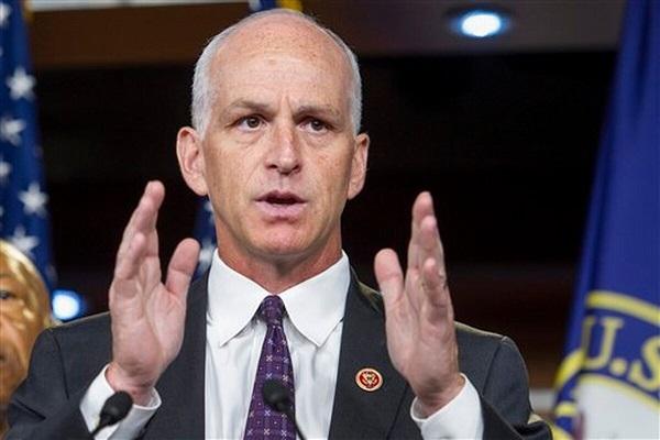 Ủy ban Quân vụ Hạ viện Mỹ muốn cắt giảm ngân sách máy bay F-35