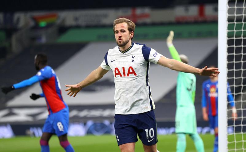 Bale và Kane bừng sáng, Tottenham đại thắng 'bốn sao'
